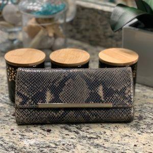 Banana Republic sneak print leather wallet!